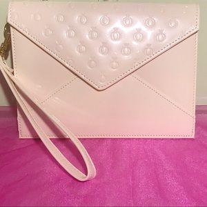 Pandora Wristlet Bag 👑